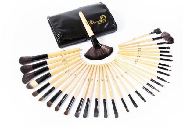 Set Cu 32 Pensule Profesionale London Pride Cosmetics Wood Leather